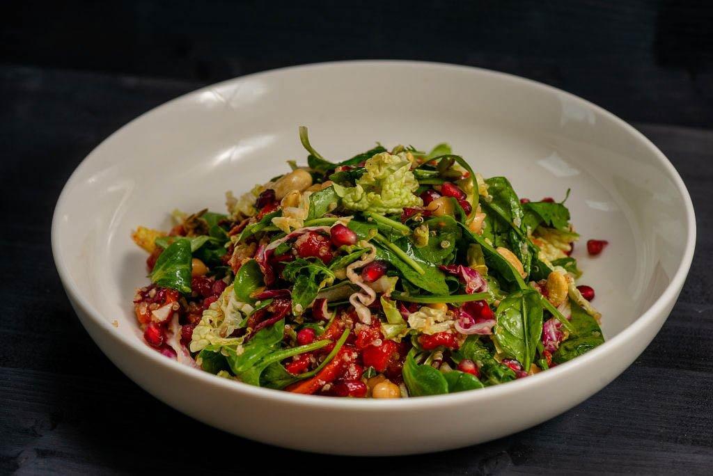 Reteta saptamanii – Vegetarian Salad Vegetarian salad 1024x684